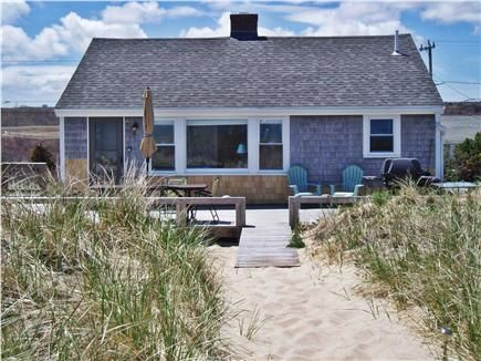 Cape cod cottage rentals on the beach for Cabin rentals in cape cod ma