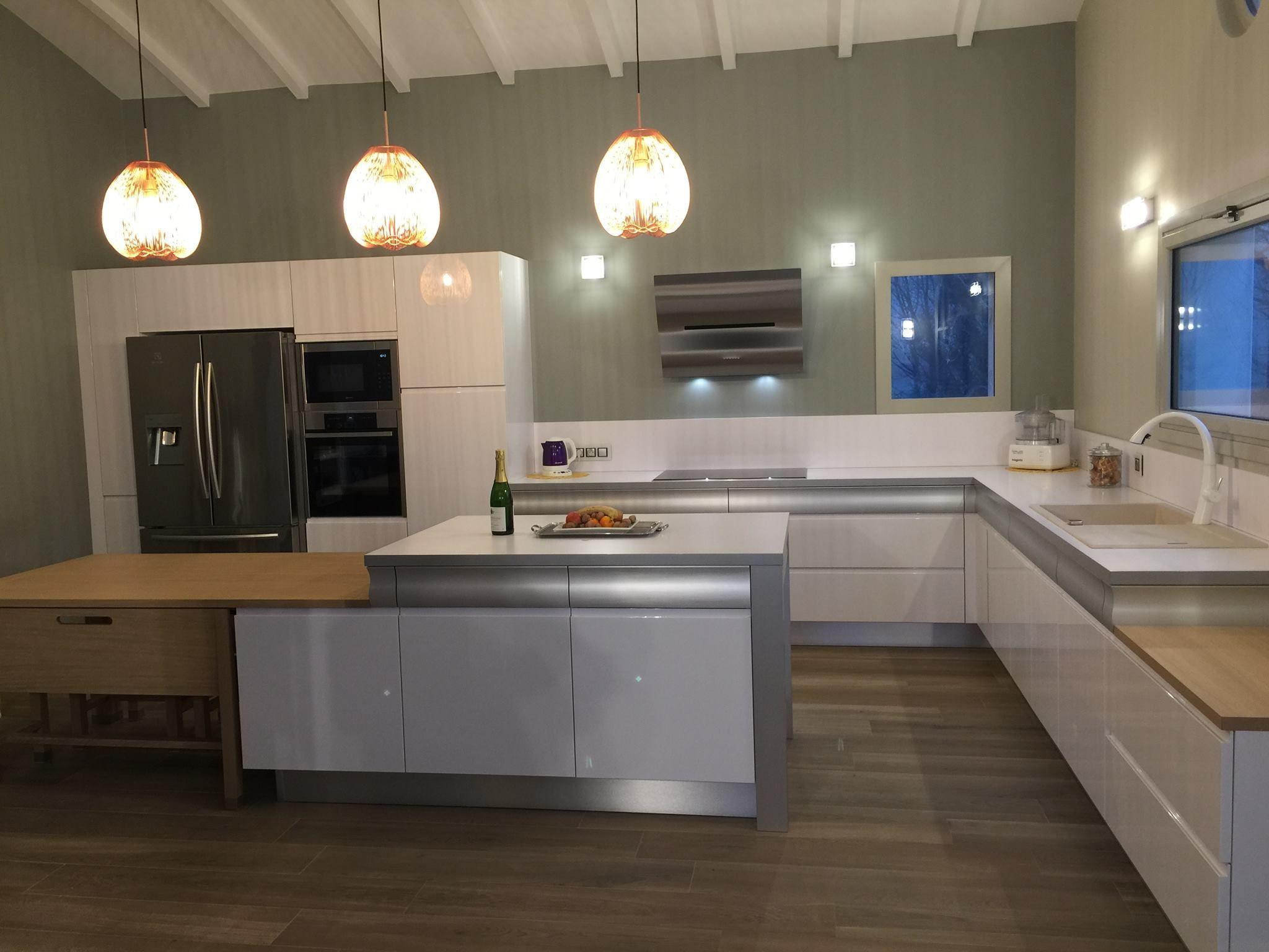 chalon sur saone r alisations pinterest cuisines design mod le de cuisine quip e et. Black Bedroom Furniture Sets. Home Design Ideas