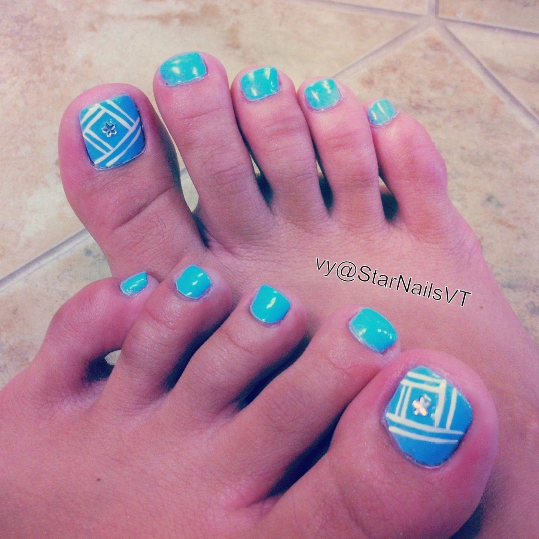 Toe nail design - simple, but cute - baby blue - silver - Toe Nail Design Cool Nails Pinterest Toe Nail Designs, Toe