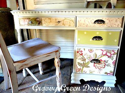Style Of Very feminine paper bo on top and drawers Garden Inspired Desk Makeover Ideas - New Desk with Bed On top Unique