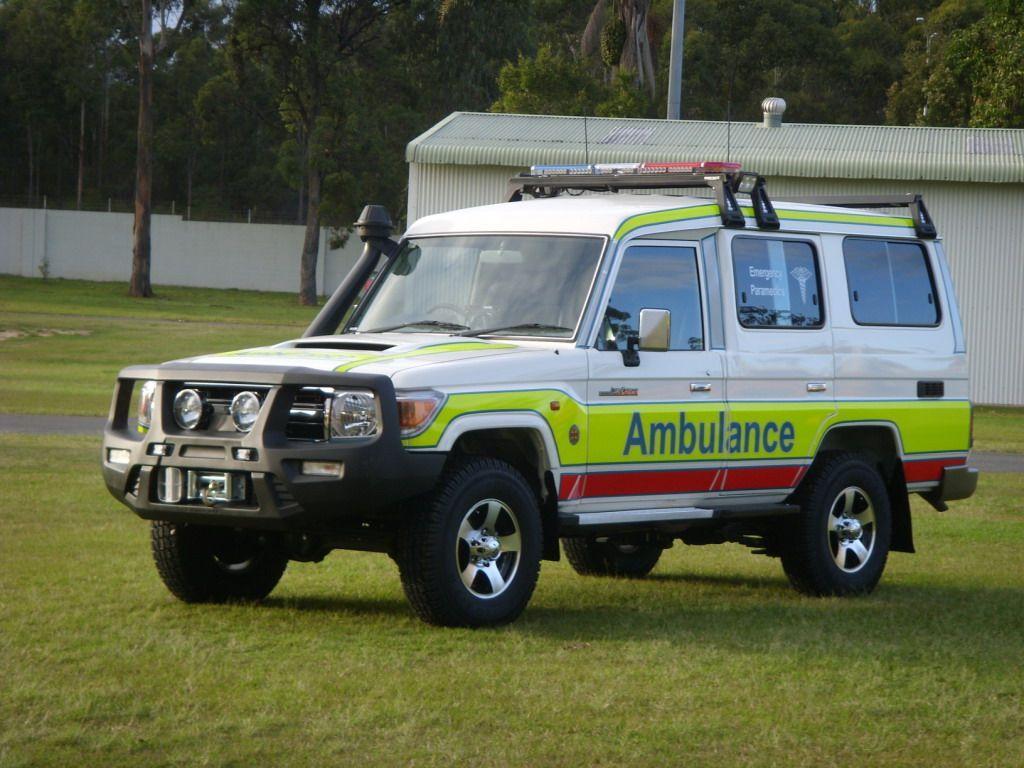fc7984b4bbf5dd ambulance vehicles