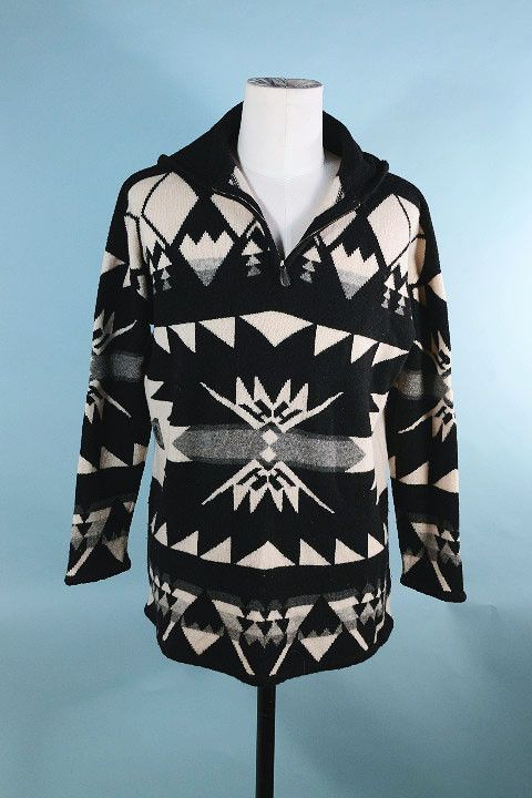 9759642de565d3 Vintage 80s Ralph Lauren Unisex Indian Blanket Sweater  Southwestern Ethnic  Tribal Pendleton Style Hooded Hoodie Sweater w  Bold Geometric Pattern This  is a ...