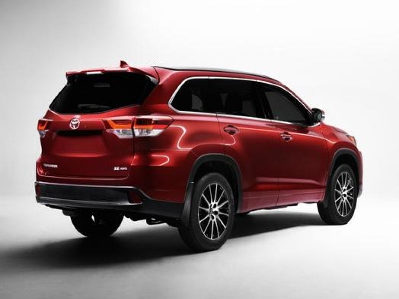 Toyota Suv 2017 Toyota39s Debut Of Highlander Mid Size To Showcase