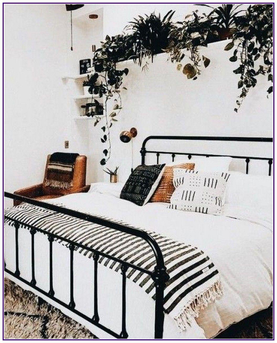 13 boho minimalist bedroom reveal 00005