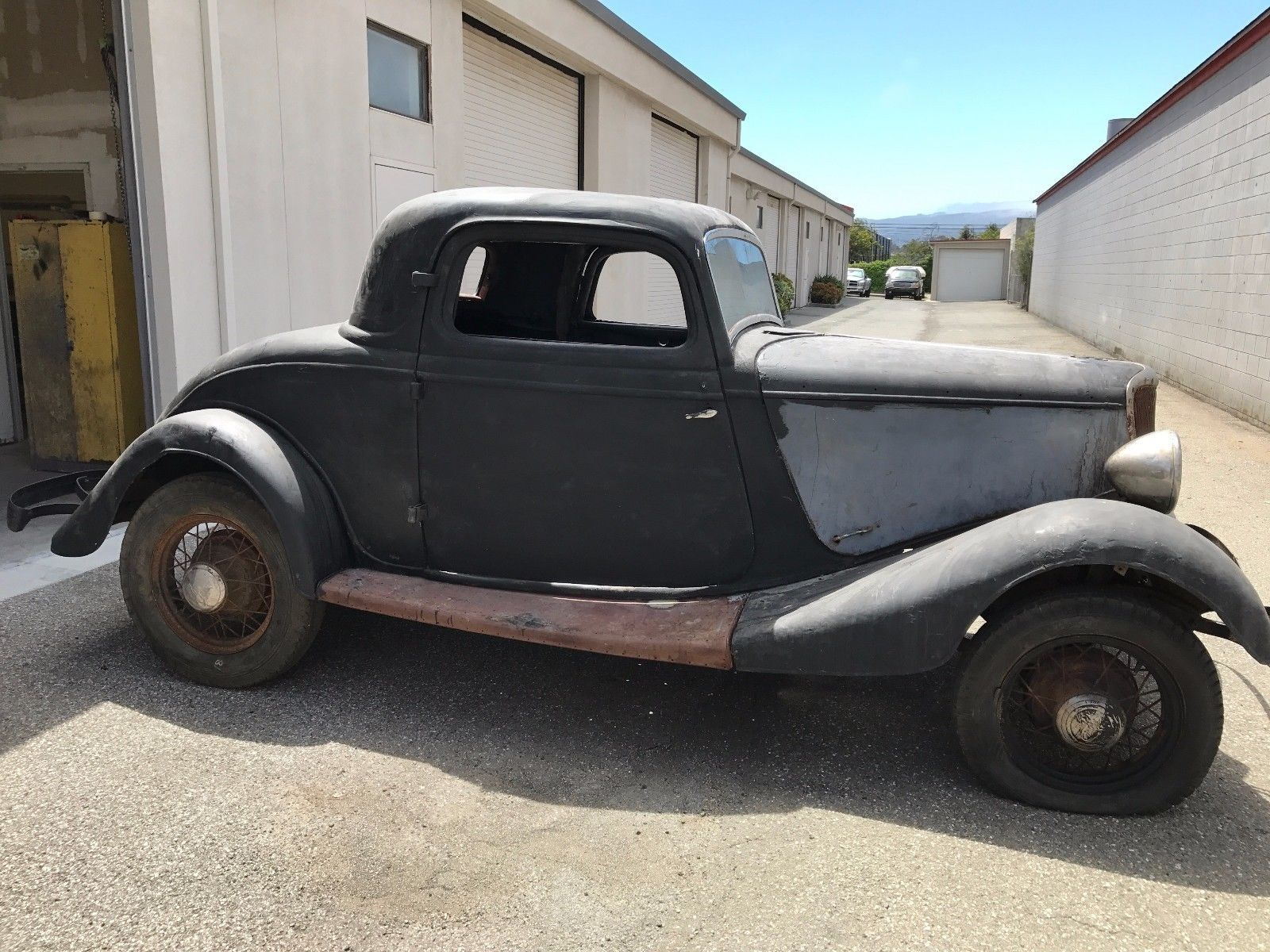 Cool Ford 2017: 1934 Ford THREE WINDOW COUPE 1934 FORD THREE WINDOW ...