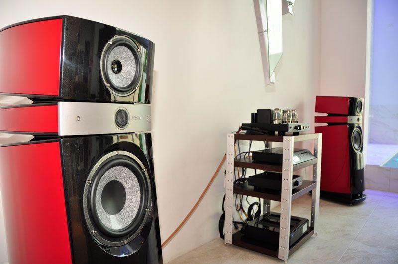 Scala Utopia in the Showroom Domotic house   AV Prestige, casas domóticas, automatización comercial y productos de audio y video.