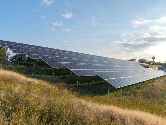 Dte Plans 10 Acre Solar Array In Detroit Solar Home Improvement Loans Landscaping Near Me