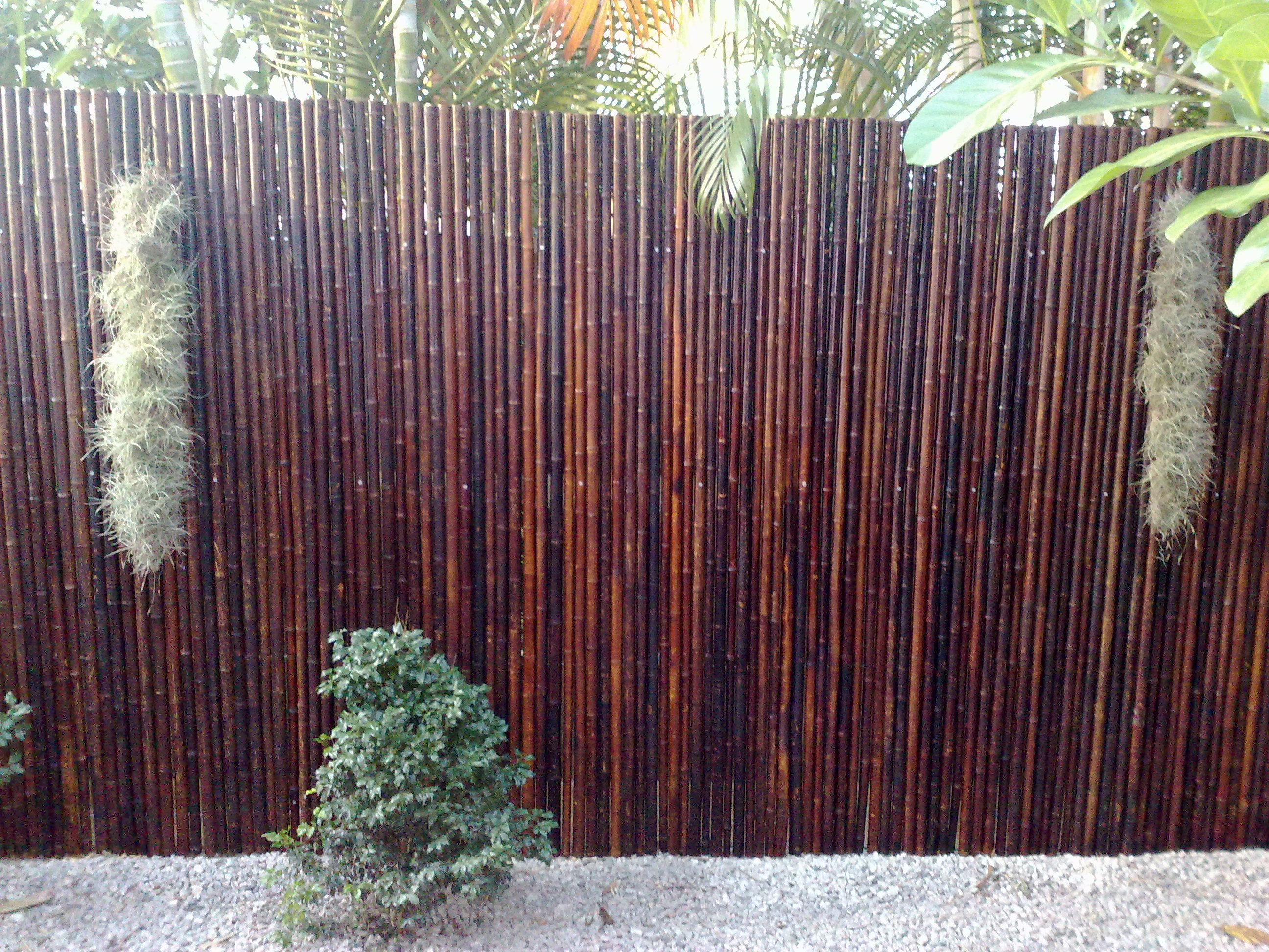 Bamboo fence panels are easy to install and can be used Bamboo screens for outdoors