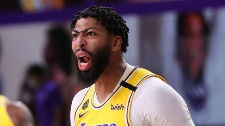 Davis Blitzes Blazers As Lakers Level Series In 2020 Lakers Anthony Davis Portland Trailblazers