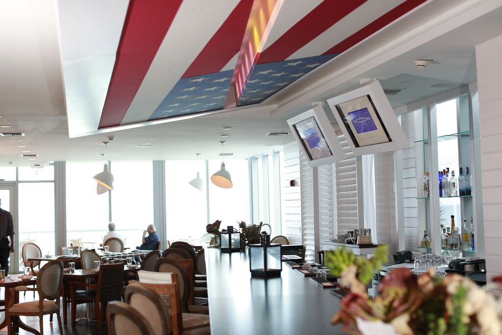 Dining Room of Fresh American Bistro at Solé on the Ocean Resort