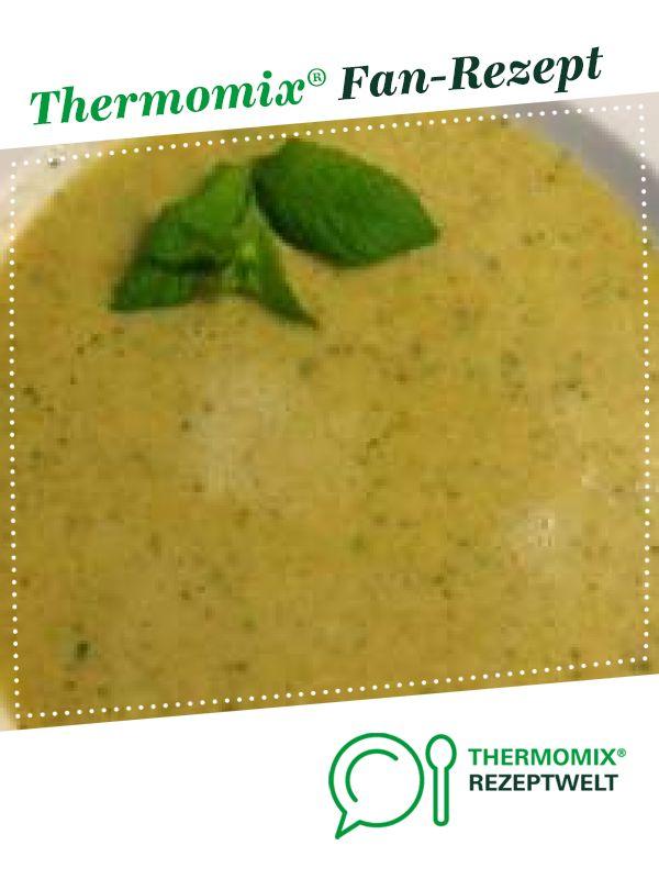 Zucchinisuppe schnell & cremig mit Möhre und Ingwer von aew. Ein Thermomix ® Rezept aus der Kategorie Suppen auf www.rezeptwelt.de, der Thermomix ® Community.