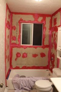 tile bathroom remodeling part 1. how to tile a shower/tub surround, part 1: laying the bathroom remodeling 1 b