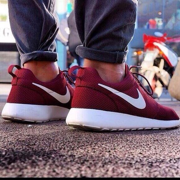 Nike Roshes   Burgundy nikes, Nike