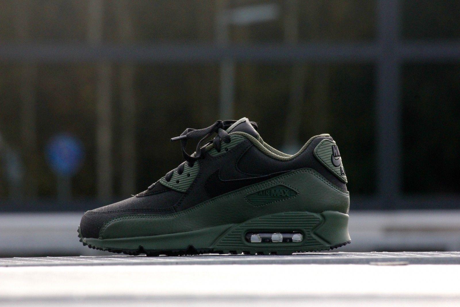Nike Air Max 90 Winter Premium Carbon Vert 683282 303 Baskets