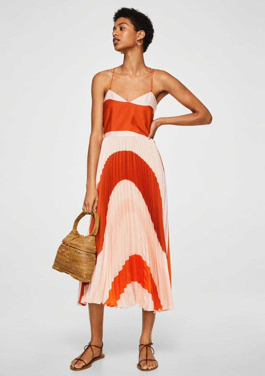 Plisseekleider: die schönsten Modelle zum Shoppen  Hochzeitsgast