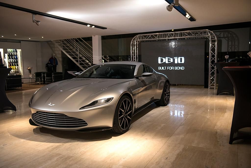 James Bonds Aston Martin DB That Was Used In The Latest Movie - James bond aston martin db10