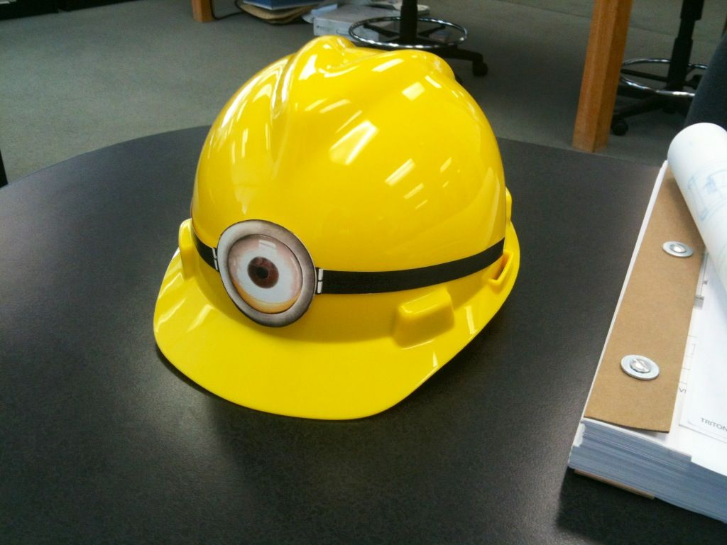 c70f0c34 This is what happens when you are board and an architect. A minion hard hat!