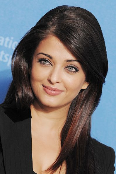 Aishwarya Rai Pictures And Photos Getty Images Aishwarya Rai Bachchan Aishwarya Rai Aishwarya Rai Pictures