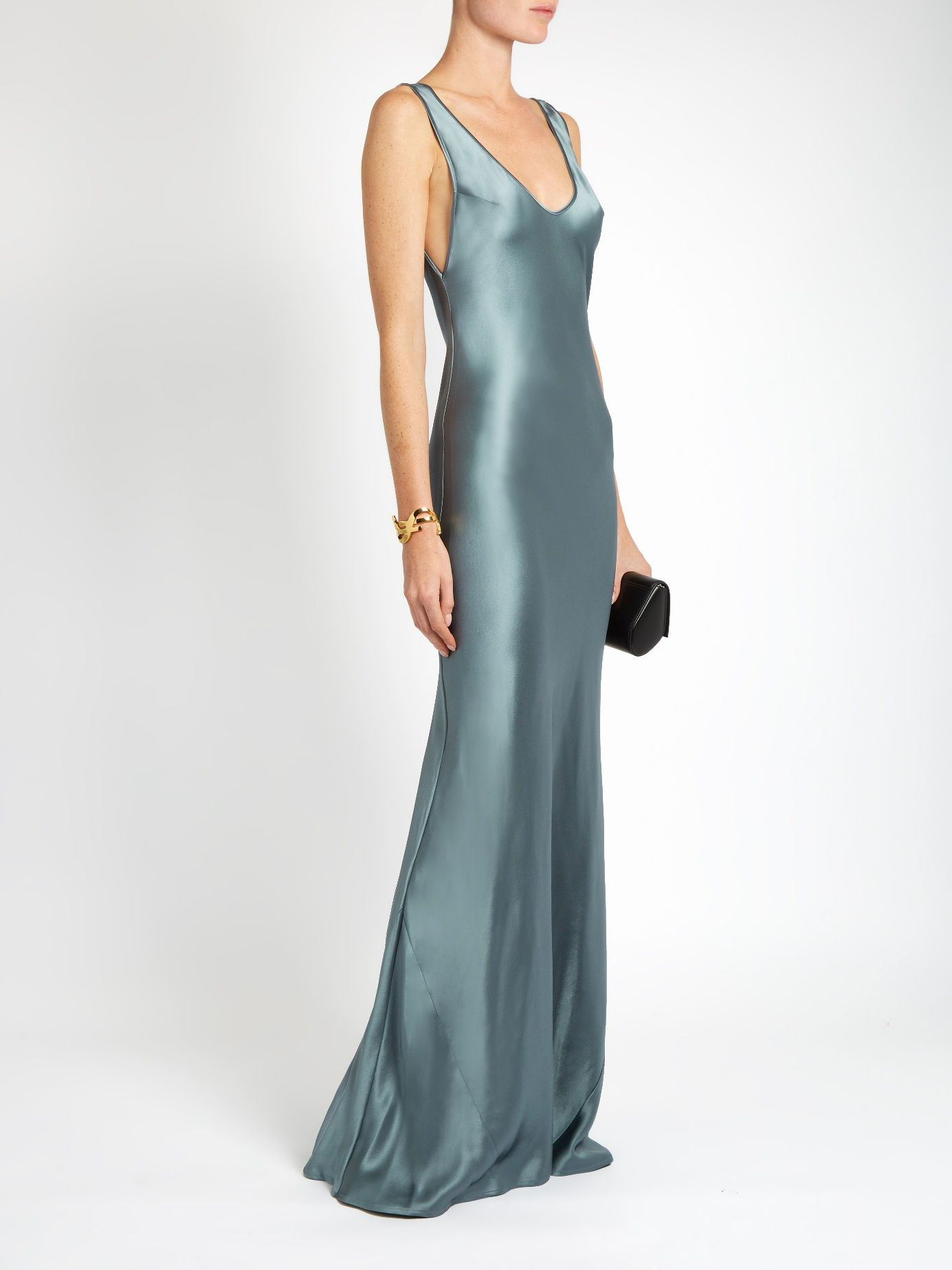 c07bde88717 Scoop-neck sleeveless silk-satin gown