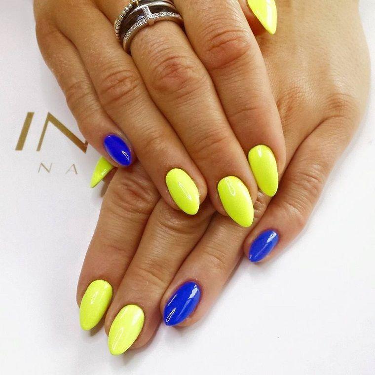 Risultati immagini per unghie gialle e rosse