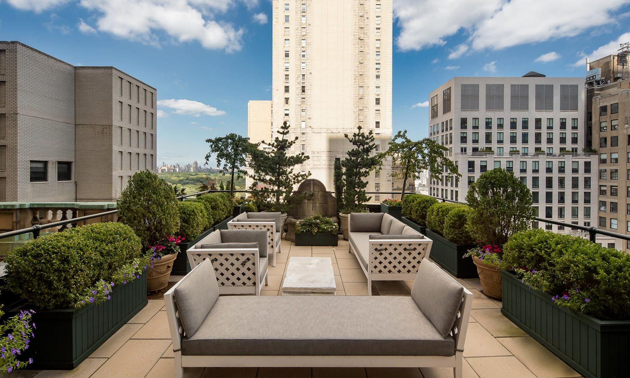 Fifth avenue nyc real estate luxury apartments