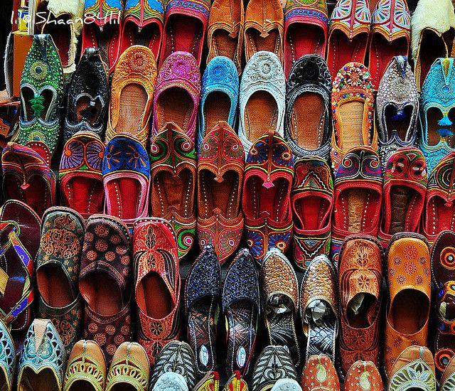 6e1abb59bc0c rajasthani shoes