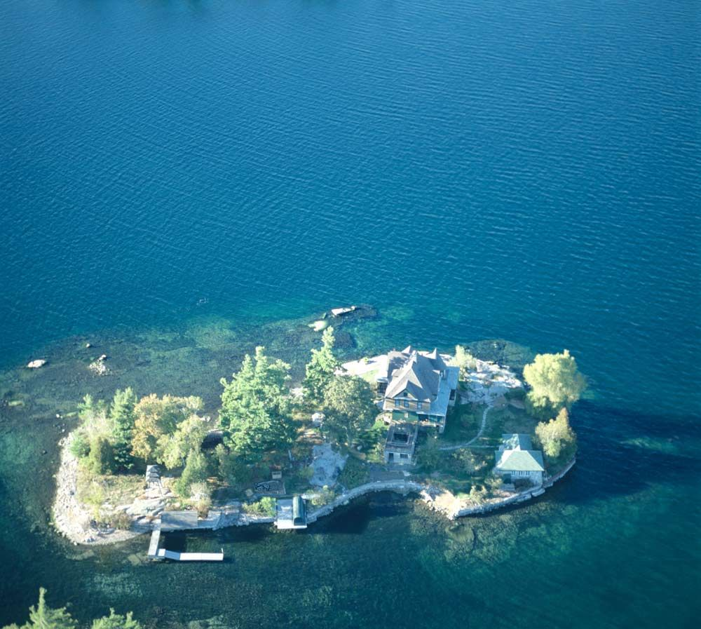 Vladi Private Islands Awesome Islands Beautiful Vacation Spots