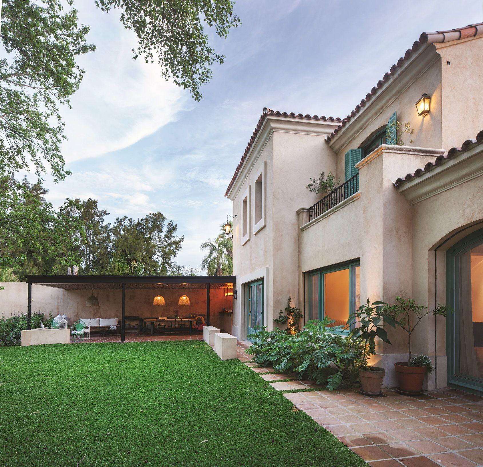 Arquitectura paisajismo ricardo pereyra iraola for Fachadas de casas estilo moderno