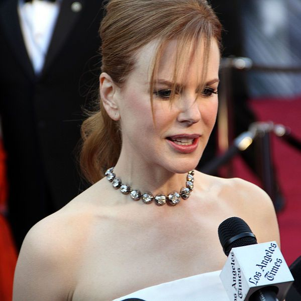 Ghidul clarvăzătoarelor: Sunt căsătorit cu o actriţă de la Hollywood