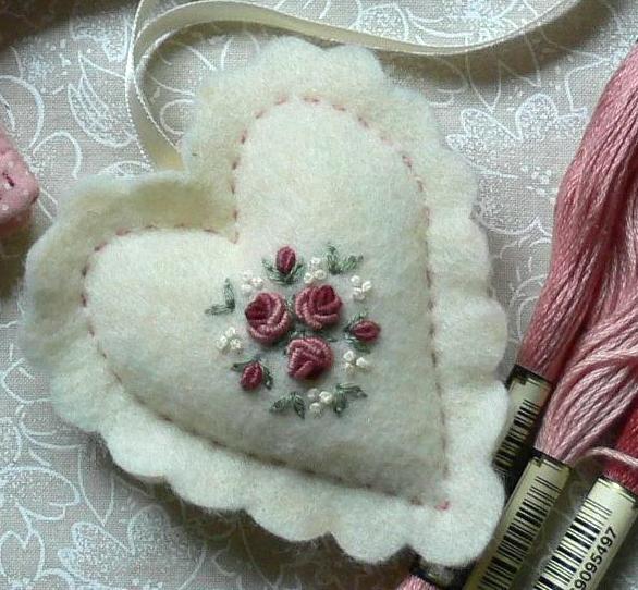 corazon bordado