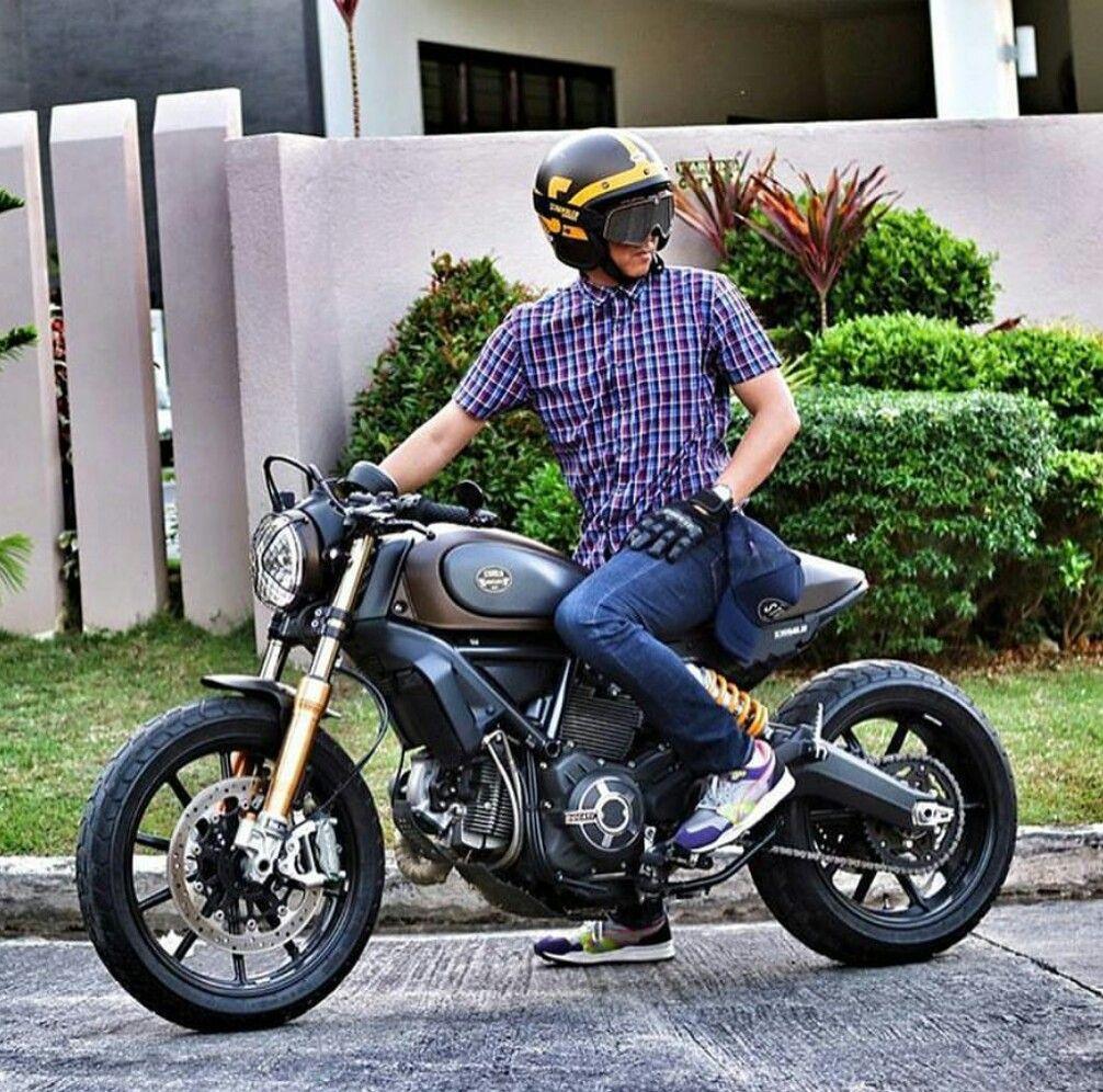 Ducati Scrambler Cafe Racer Custom Yamaha Tr1 Voitures Et Motos Bikeuse