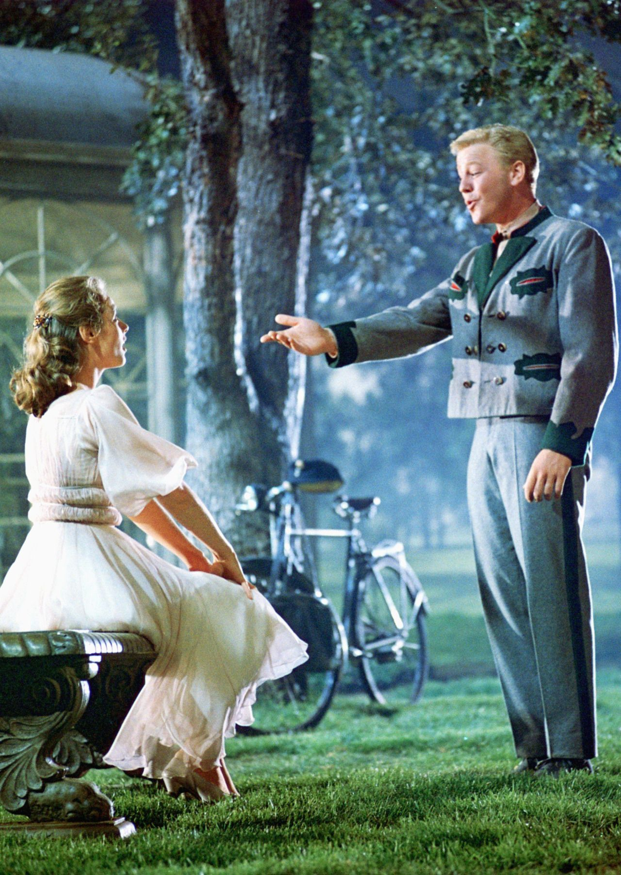 Lady Hollywood In 2020 Sound Of Music Costumes Sound Of Music Movie Sound Of Music