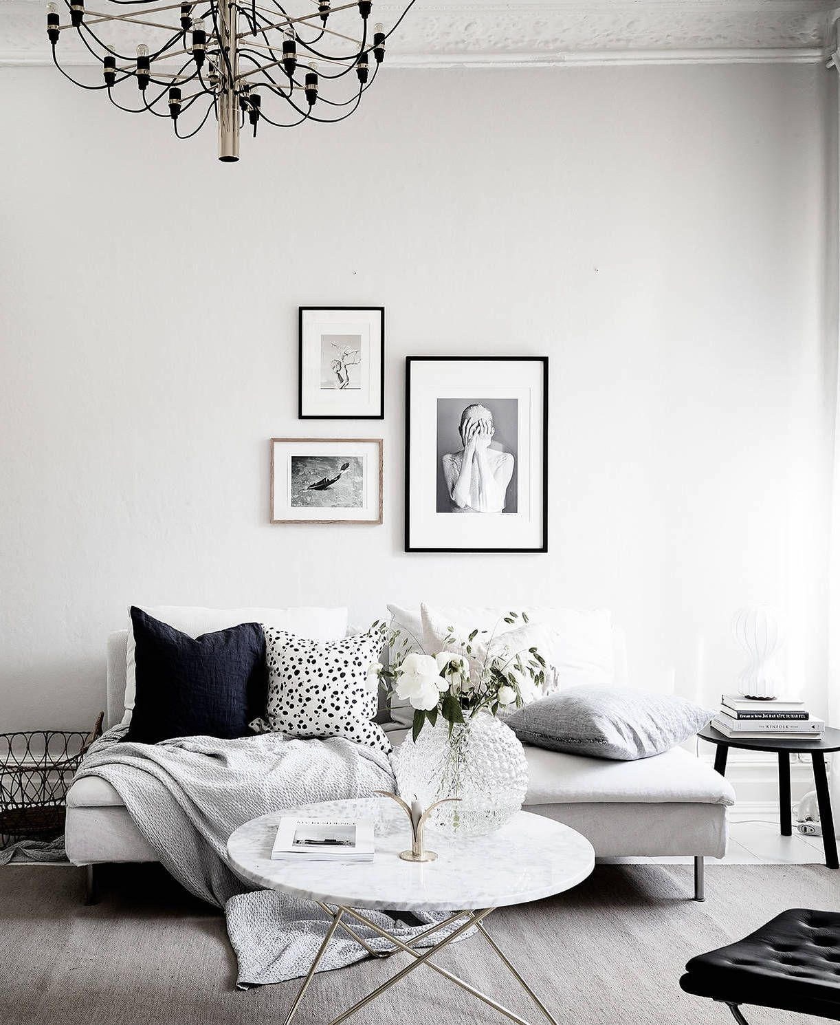 Home with a soft and graphic look | Pinterest | Wohnzimmer ...