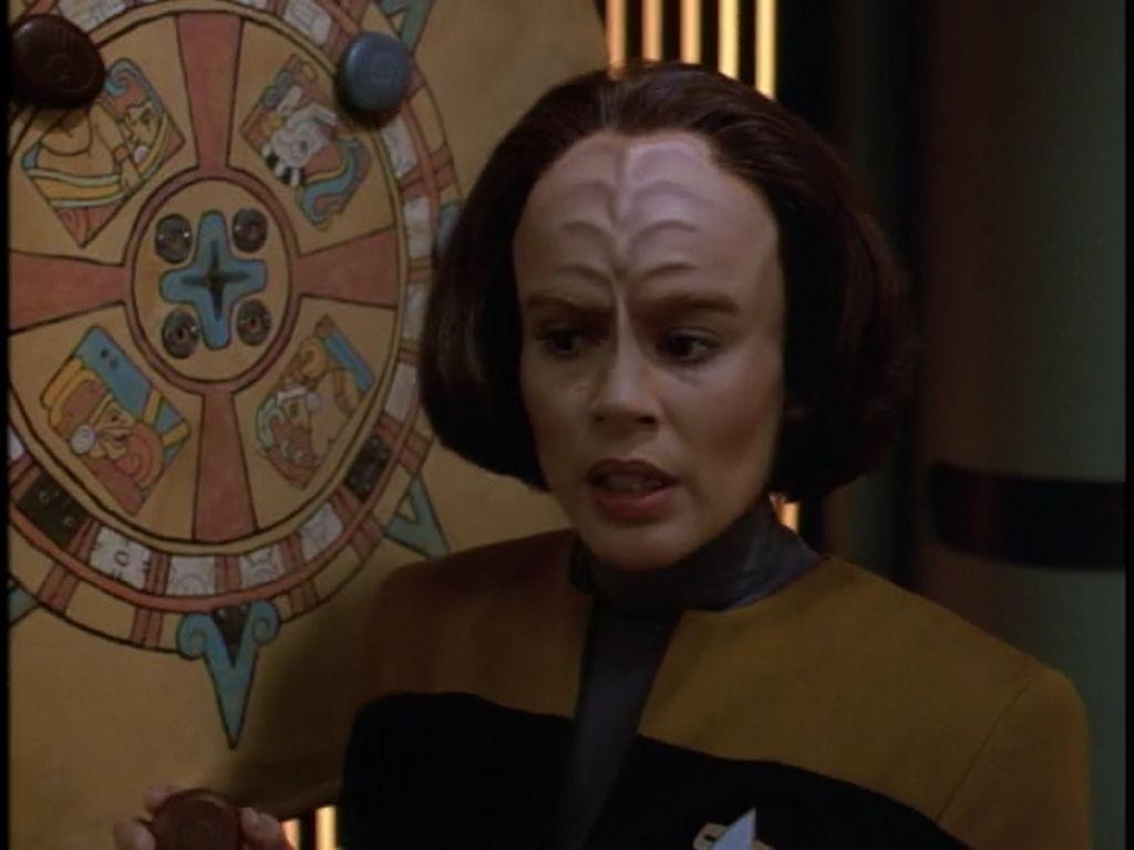 """Star Trek: Voyager 1 X 12 """"Cathexis"""""""
