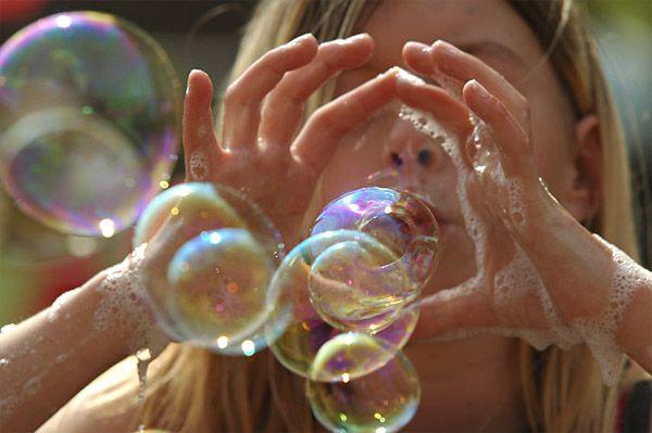 Cascade of bubbles