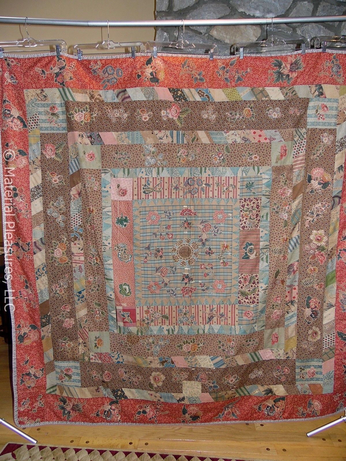 """Antique English Medallion Quilt C1835 w Broderie Perse Chintz Cutwork Applique 