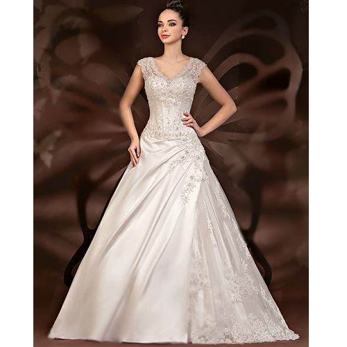 best wedding dress for petite plus size discount wedding