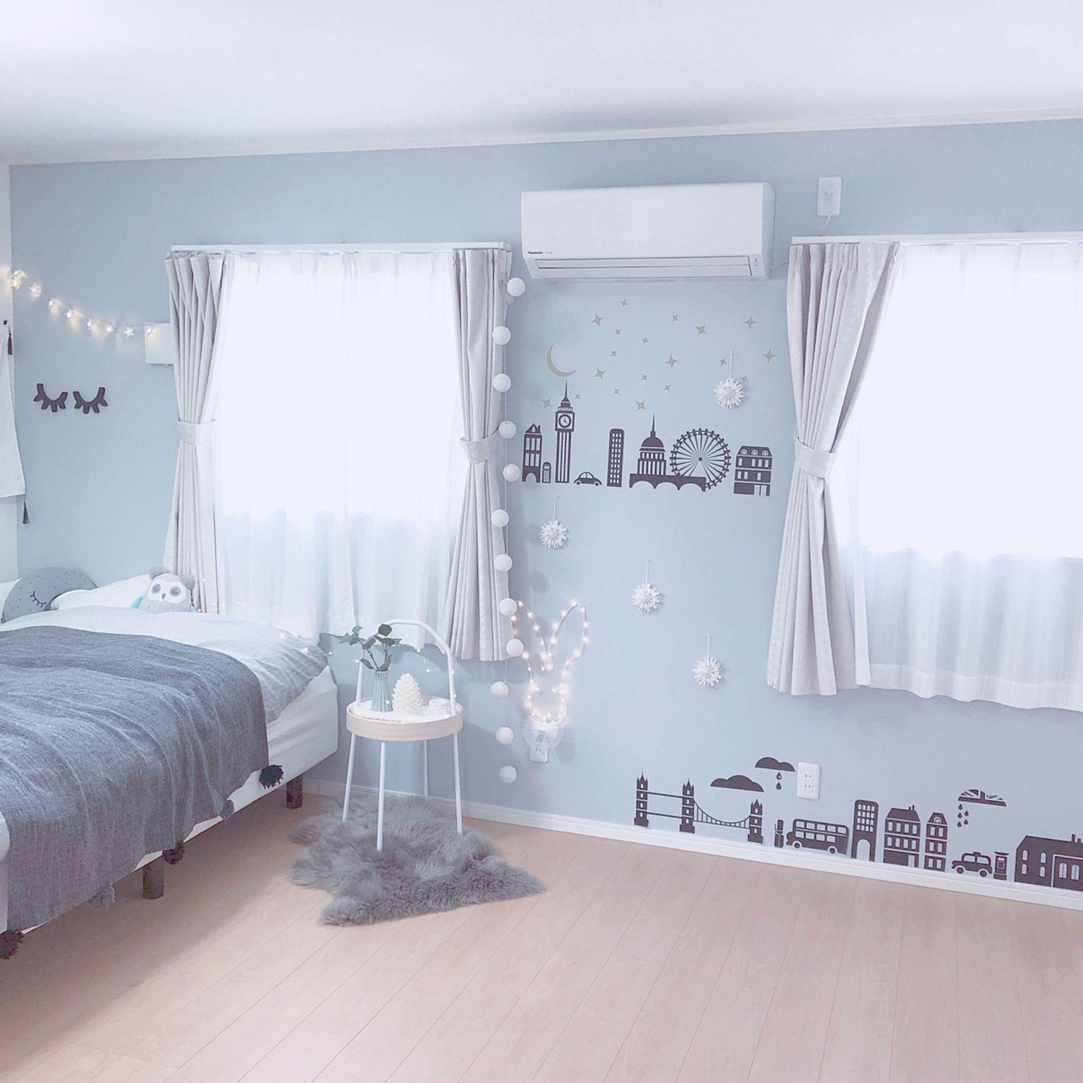水色の壁紙 サンゲツ壁紙 ベッド周り ニトリ 女の子の部屋 などの