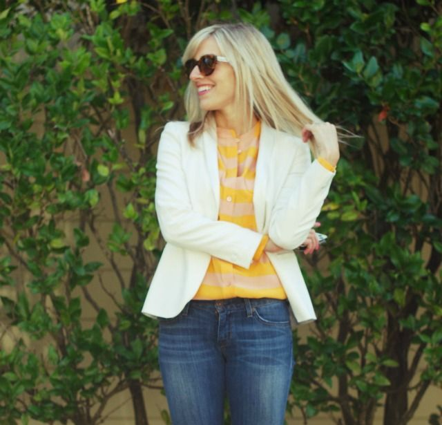Love this Blazer look. Cute for an office casual Friday?