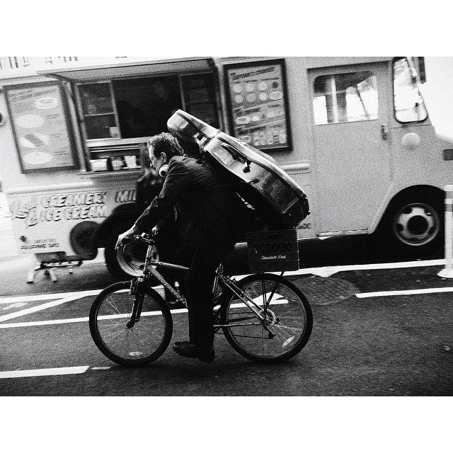 Cello &  Bike. #squaready #photooftheday #igersdc #igdc #igersdcmetro #streetphotography
