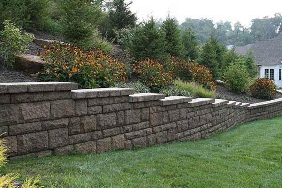 Google Image Result For Https I Pinimg Com Originals Dc 0f D9 Dc0fd9c223761c9bd581965b3337 In 2020 Retaining Wall Design Landscaping Retaining Walls Landscape Design