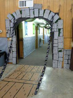 diy medieval decorations | Kingdom Rock draw bridge & chain