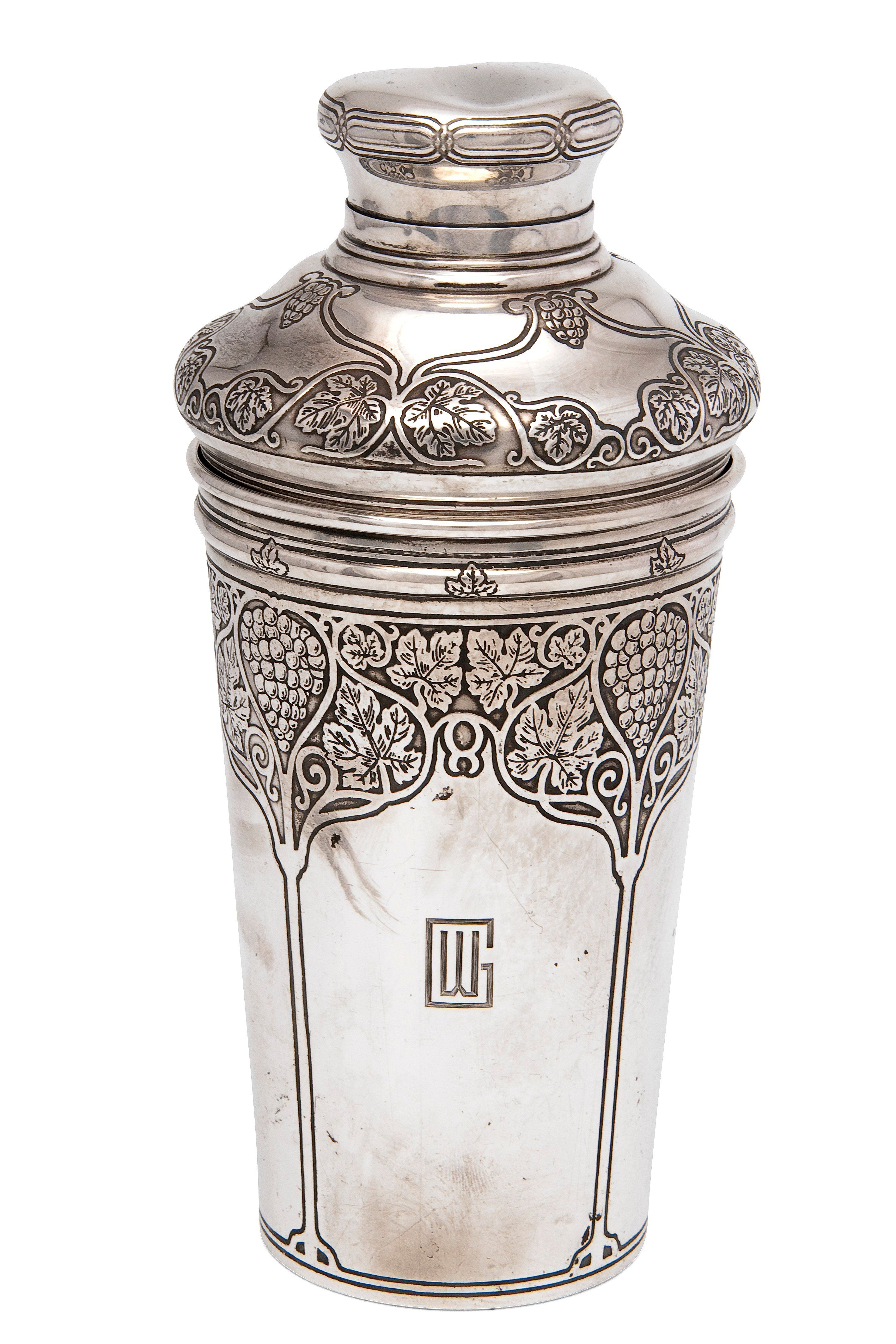 Sterling silver cocktail shaker,Tiffany & Co   Art Deco ...