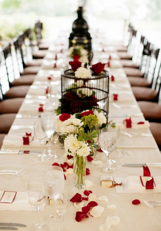 For More Red Wedding Table Ideas Pinterest Com Red And White Reception Tables Red Wedding Receptions Red And White Weddings Vintage Wedding Decorations