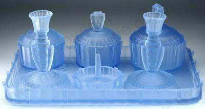 VINTAGE GLASS: DRESSING TABLE BOTTLE