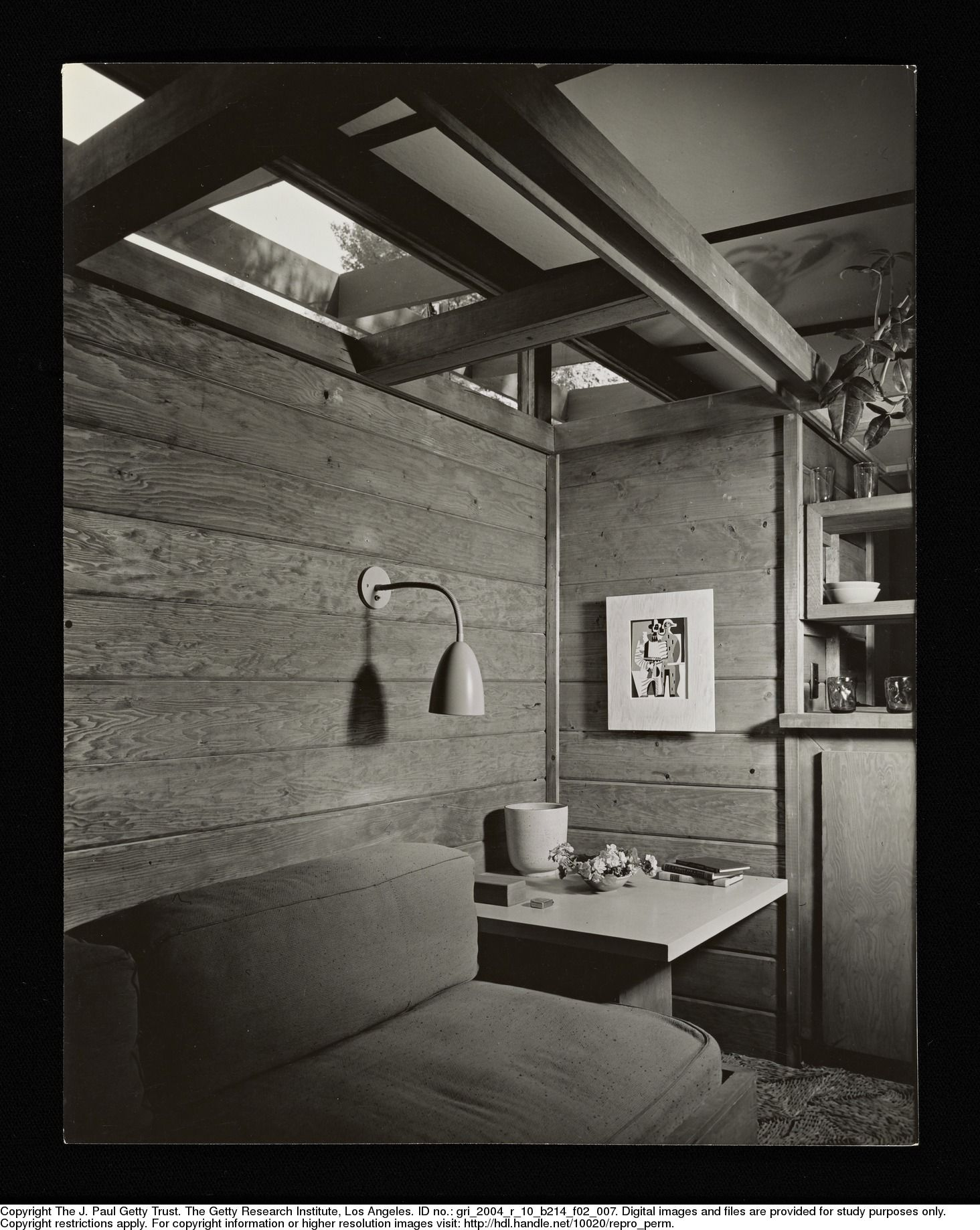 SHULMAN, JULIUS (1910-2009) [Drake House - interior, Los Angeles, CA. 1946. Gordon Drake architect].