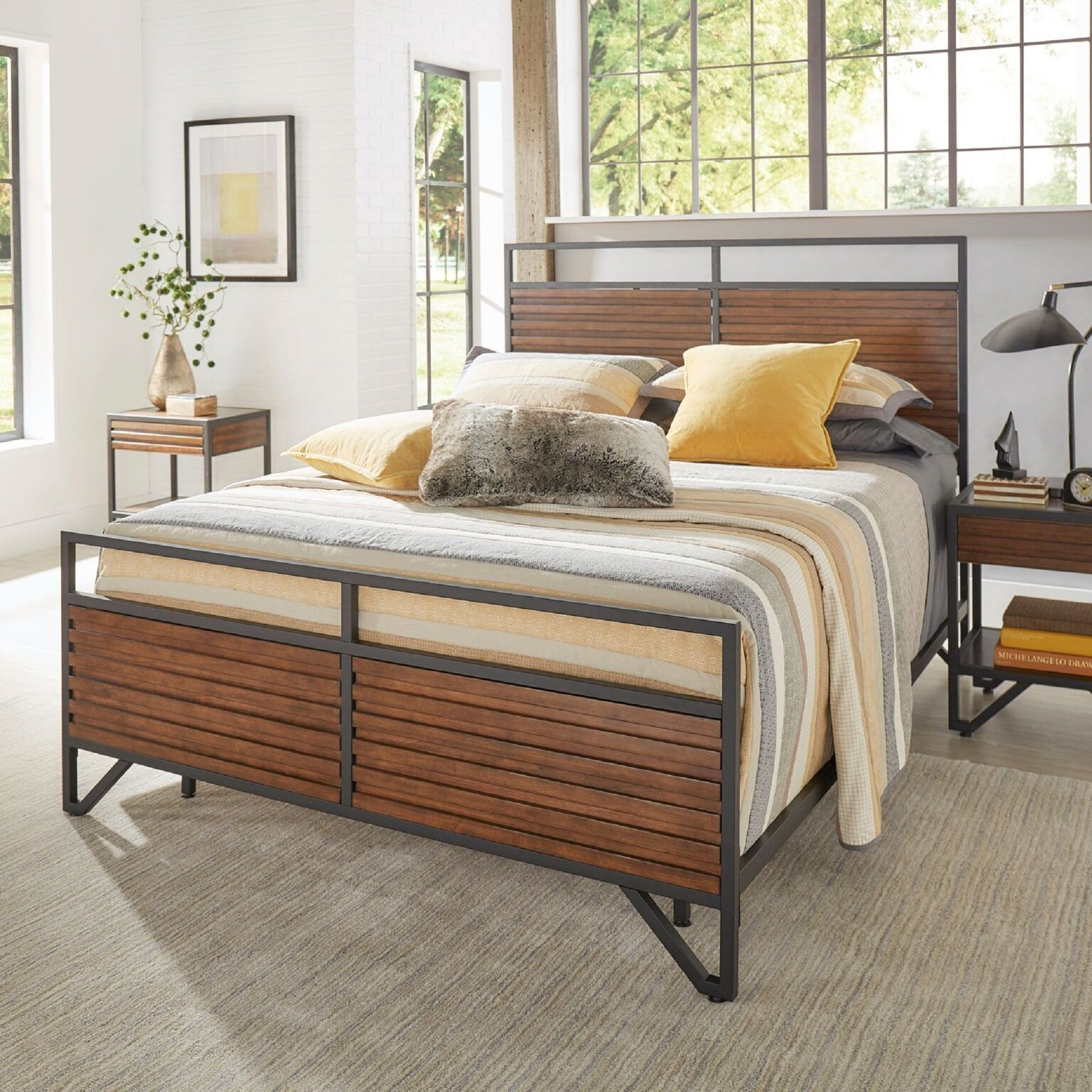 Chico Stacked Cherry Wood and Metal Bed by iNSPIRE Q Modern (Full), Black