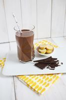 Healthy Chocolate Banana Shake #healthychocolateshakes I am a big fan of fruit and chocolate together. Like, a giant fan of it. If fruit... #healthychocolateshakes