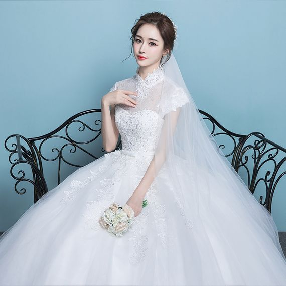 Wedding dress 2017 new bride wedding new arrival large yards stand ...