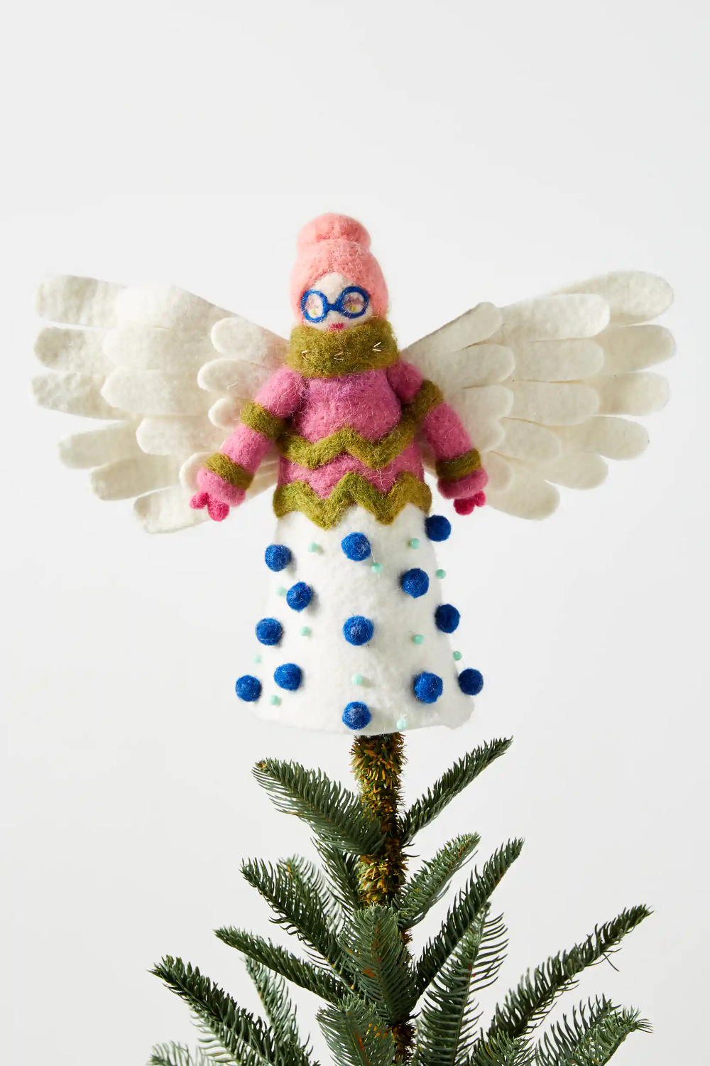 Anthropologie S Holiday Collection Came Early Here S A Peak At All The Magical Products Anthropologie Holiday Pink Christmas Decorations Anthropologie Christmas Tree